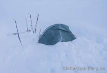 Tält i hård vind